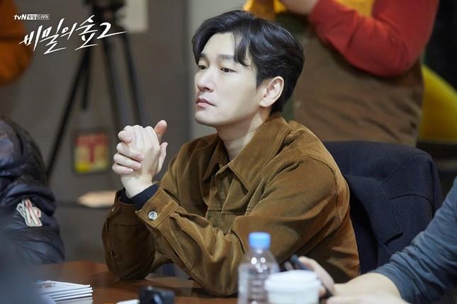Seo Ye Ji dù được nhắc nhiều nhưng Kim Soo Hyun lại đứng đầu BXH giá trị thương hiệu ảnh 2