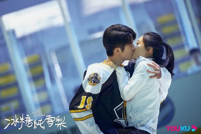 """La Vân Hi, Bạch Lộc cùng xếp hàng vào hội những người """"yêu phải bạn thân"""" ảnh 2"""