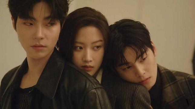 True Beauty: Bị chê không hợp nhưng giờ nhân vật của Hwang In Yeob lại được chờ đợi nhất ảnh 4
