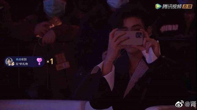 Tổng hợp những khoảnh khắc có 1-0-2 của dàn sao tham dự Tinh Quang Đại Thưởng 2020 ảnh 3