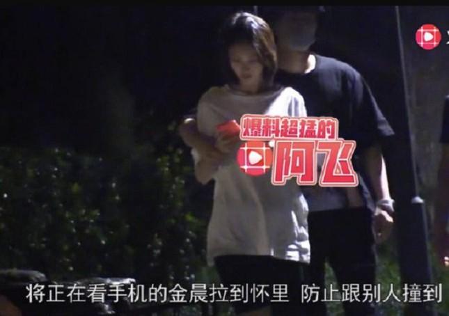 """Blogger khui tin Giả Nãi Lượng hẹn hò Kim Thần, nhưng đây có phải chiêu trò của """"nhà gái""""? ảnh 5"""