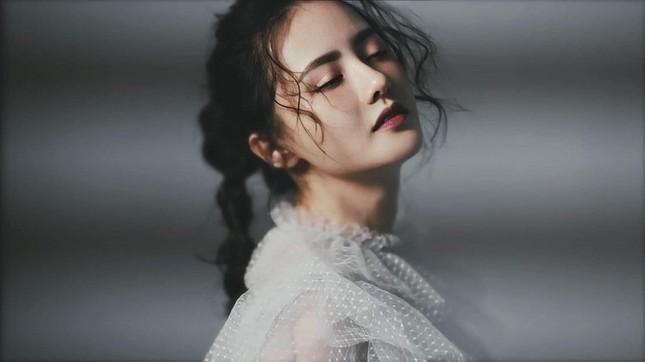 Drama C-Biz giữa đêm: Kim Hạn bị tố bắt cá hai tay, phản bội ngay lúc nhà gái có chuyện buồn ảnh 1