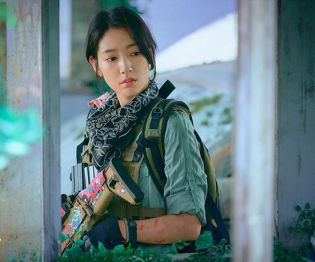 """Phim của Park Shin Hye bị chê tình tiết lê thê, rating """"Mouse"""" của Lee Seung Gi lại tăng ảnh 4"""