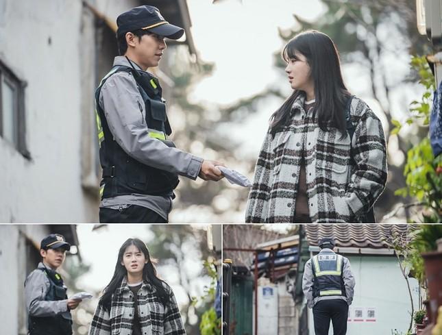 """Phim của Park Shin Hye bị chê tình tiết lê thê, rating """"Mouse"""" của Lee Seung Gi lại tăng ảnh 6"""