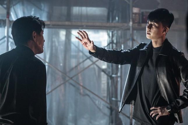 """Park Seo Joon, Woo Do Hwan và màn đối đầu ấn tượng trong """"Bàn Tay Diệt Quỷ"""" ảnh 1"""