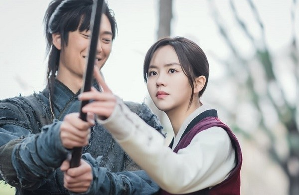"""""""Chơi sang"""" quay lại 6 tập đầu, """"Sông Đón Trăng Lên"""" quyết xóa sạch Ji Soo ra khỏi phim ảnh 3"""