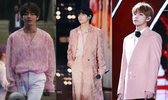 Những idol này chứng minh các chàng trai vẫn có thể mặc đẹp với trang phục màu hồng ảnh 5