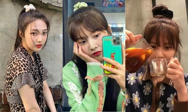 Scrunchie: Món phụ kiện siêu rẻ được Jennie (BLACKPINK), IU và hàng loạt nữ idol yêu thích ảnh 4
