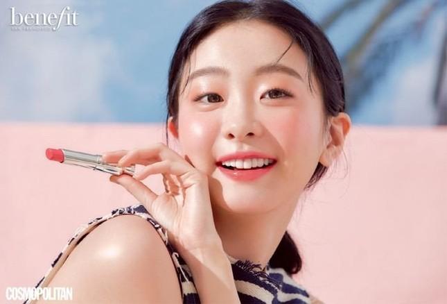 """Bạn có nhận ra cô gái xinh đẹp dịu dàng này là """"điên nữ"""" Kim Da Mi của Itaewon Class? ảnh 2"""