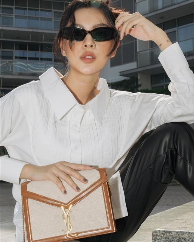 Thời trang sao Việt tuần qua: Trang phục sắc trắng lên ngôi, làm dịu những ngày oi nóng ảnh 6
