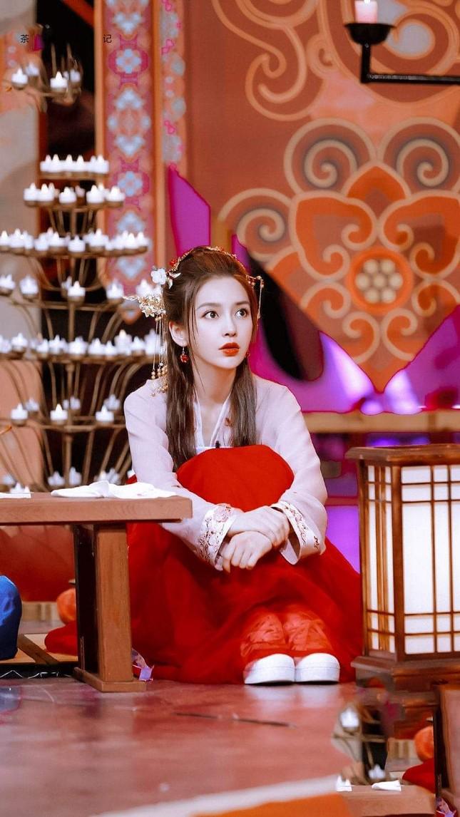 Angela Baby khiến khán giả xuýt xoa với tạo hình tiểu tiên nữ trong show Xảo Thủ Thần Thám ảnh 5