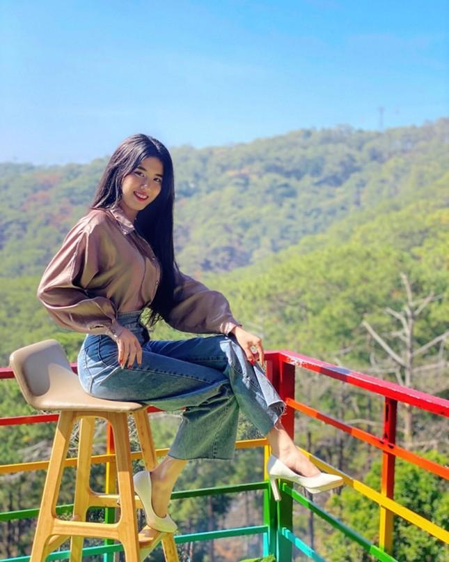 Đặng Phương Nhung - thí sinh 2K của Hoa Hậu Việt Nam sở hữu đôi chân dài miên man ảnh 1