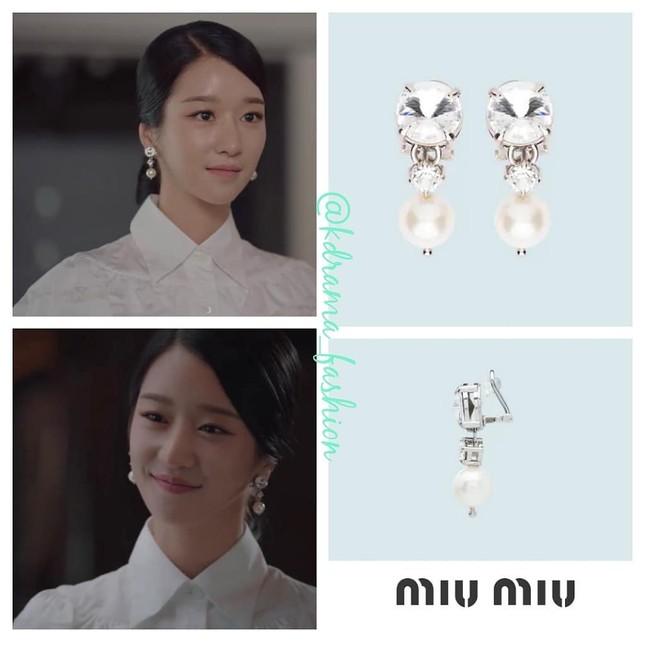 """Bóc giá loạt trang phục siêu xa xỉ của Seo Ye Ji trong tập 11 - 12 """"Điên Thì Có Sao"""" ảnh 14"""