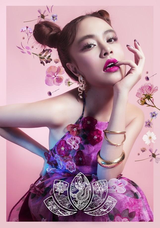 Ngắm 4 set make-up mang dấu ấn Hoàng Thùy Linh hợp tác cùng thương hiệu mỹ phẩm đình đám ảnh 2
