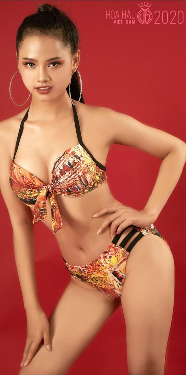 Bạn nghĩ giờ làm gì còn cô gái nào để tóc dài 1m, thí sinh Hoa hậu Việt Nam có đấy! ảnh 6