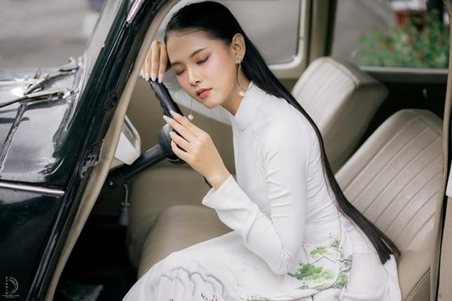 Bạn nghĩ giờ làm gì còn cô gái nào để tóc dài 1m, thí sinh Hoa hậu Việt Nam có đấy! ảnh 2