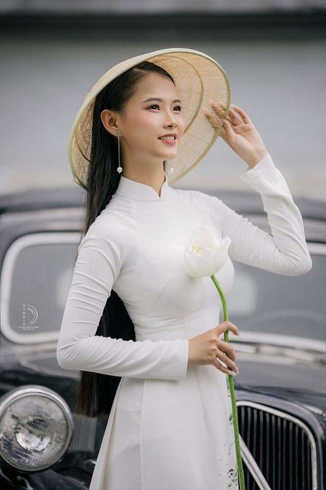 Bạn nghĩ giờ làm gì còn cô gái nào để tóc dài 1m, thí sinh Hoa hậu Việt Nam có đấy! ảnh 5