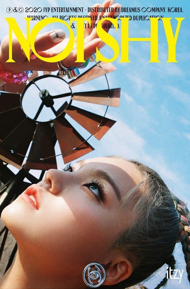 Visual mới của Yeji (ITZY) có gì đặc biệt mà khiến netizen Hàn bàn tán xôn xao mấy ngày? ảnh 2
