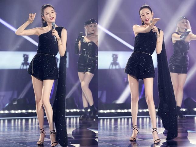 """Đồng Dao (Cố Giai trong 30 Chưa Phải Là Hết) vừa có màn đụng hàng """"nảy lửa"""" với Jennie ảnh 6"""