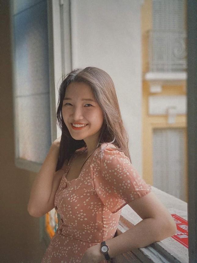 Phương Tuyết - thí sinh Hoa hậu Việt Nam khu vực miền Tây có đôi mắt 1 mí ấn tượng ảnh 5
