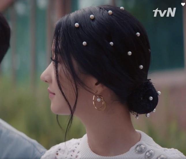 Học hỏi ngay 5 kiểu tóc của Seo Ye Ji (Điên Thì Có Sao) để trông sang chảnh hơn ảnh 6
