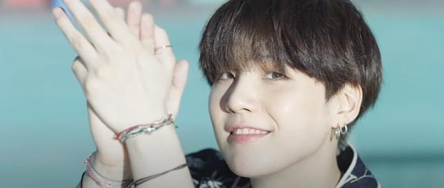 """Teaser MV """"Dynamite"""" của BTS ẩn chứa nhiều thông điệp thú vị, từng chi tiết đều có ý nghĩa ảnh 9"""