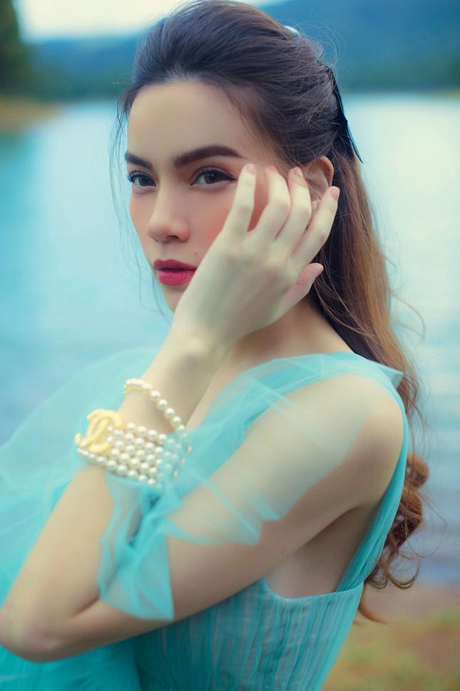 Hồ Ngọc Hà mang bầu vẫn không ngại lội xuống hồ thực hiện bộ ảnh đẹp mê hồn  cho album mới ảnh 3