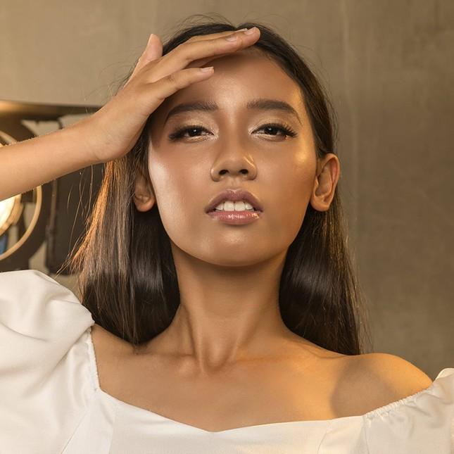 Hoàng An - thí sinh Hoa hậu Việt Nam có nét đẹp cực Tây, IELTS 8.0, thông thạo 2 ngoại ngữ ảnh 1