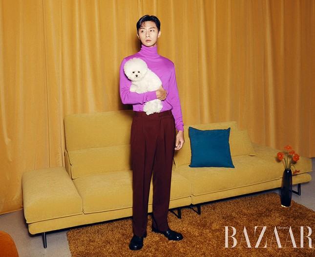 Ngắm loạt trang phục với màu sắc gây sốc của Park Seo Joon trên Harper's Bazaar Hàn ảnh 1