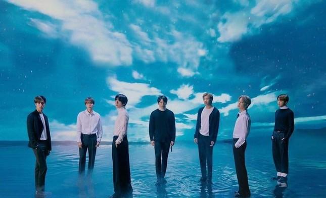 """Phim truyền hình """"Blue Sky"""" về BTS có gì bí ẩn mà được yêu cầu chế độ bảo mật tuyệt đối ảnh 1"""
