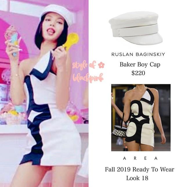 Loạt trang phục ấn tượng của Lisa (BLACKPINK) trong MV Ice Cream, có món giá trị gần 1 tỉ ảnh 5