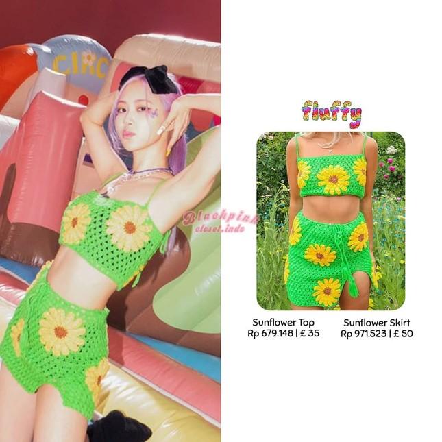 """Xem """"Ice Cream"""", netizen nể phục màn biến áo thành váy của stylist cho Rosé BLACKPINK ảnh 2"""