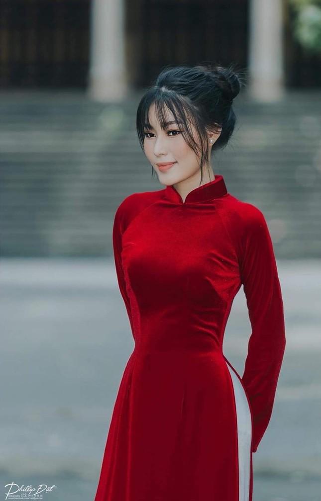 An Khương - người đẹp miền Trung của Hoa Hậu Việt Nam sở hữu mái tóc vạn người mê ảnh 3