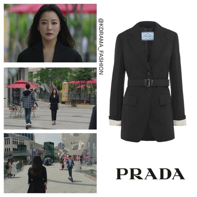 """Đụng hàng với """"chị đại"""" Kim Hee Sun, lần đầu tiên Seo Ye Ji phải chấp nhận lép vế ảnh 2"""