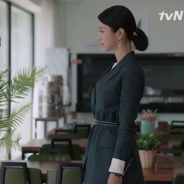 """Đụng hàng với """"chị đại"""" Kim Hee Sun, lần đầu tiên Seo Ye Ji phải chấp nhận lép vế ảnh 5"""