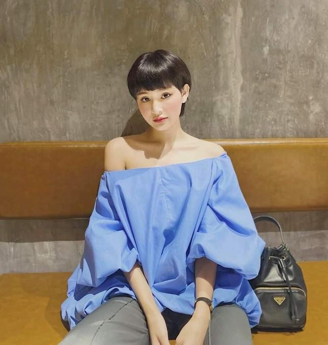 """Học ngay bí kíp phối đồ tạo """"bão like"""" của Ngọc Trinh, Hiền Hồ, Quỳnh Anh Shyn... tuần qua ảnh 7"""