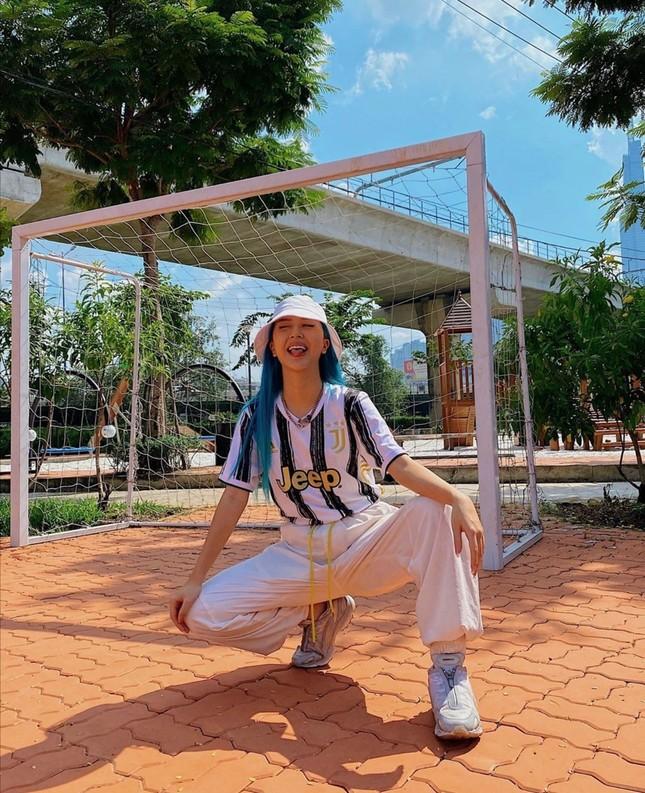 """Học ngay bí kíp phối đồ tạo """"bão like"""" của Ngọc Trinh, Hiền Hồ, Quỳnh Anh Shyn... tuần qua ảnh 3"""