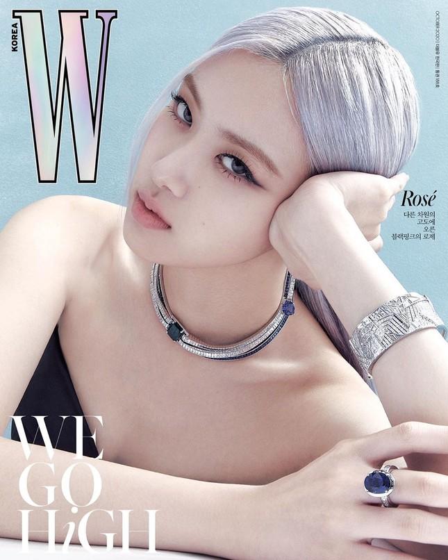 Rosé BLACKPINK xinh đẹp như một đóa hồng kiêu sa trên bìa tạp chí W Hàn tháng 10 ảnh 3