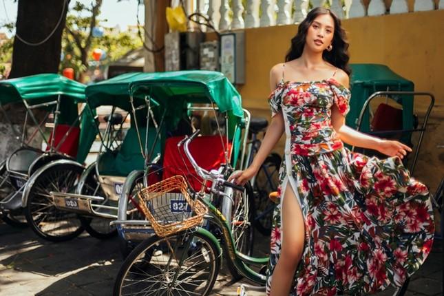 Hoa hậu Tiểu Vy khoe nhan sắc rực rỡ trong bộ ảnh mới chụp tại quê nhà Hội An ảnh 7