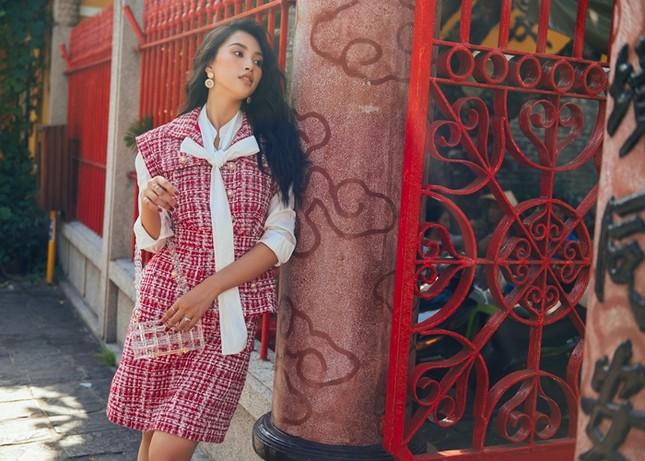 Hoa hậu Tiểu Vy khoe nhan sắc rực rỡ trong bộ ảnh mới chụp tại quê nhà Hội An ảnh 10