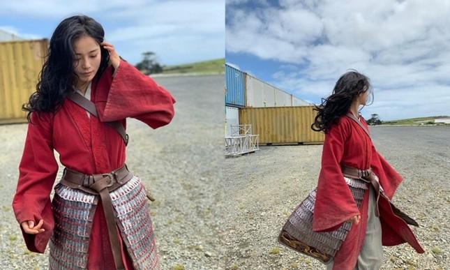 """Diễn viên đóng thế Lưu Diệc Phi trong """"Mulan"""" bất ngờ được netizen Trung hết lời khen ngợi ảnh 3"""