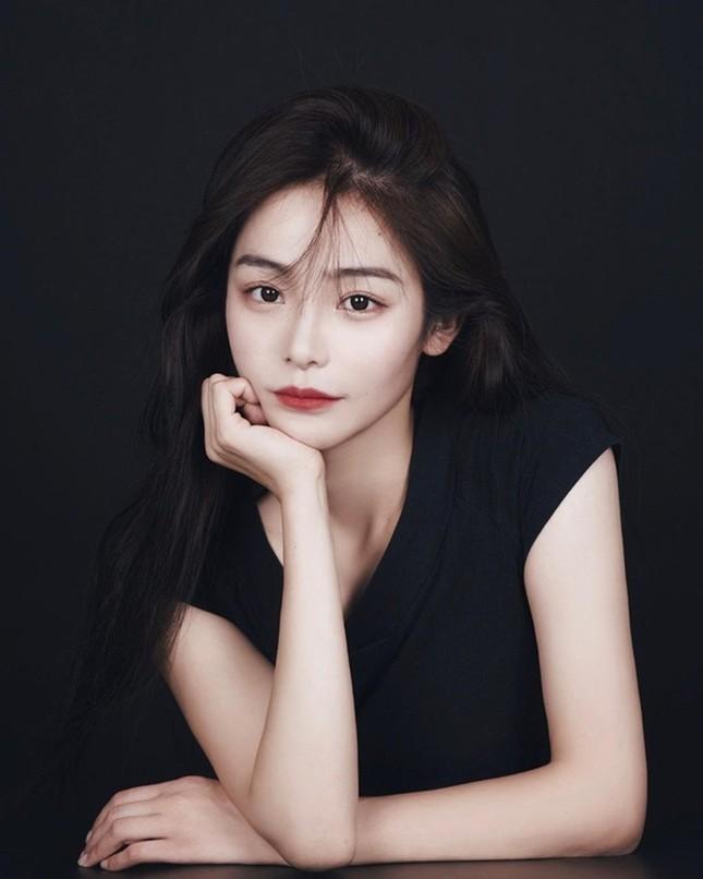 """Diễn viên đóng thế Lưu Diệc Phi trong """"Mulan"""" bất ngờ được netizen Trung hết lời khen ngợi ảnh 6"""