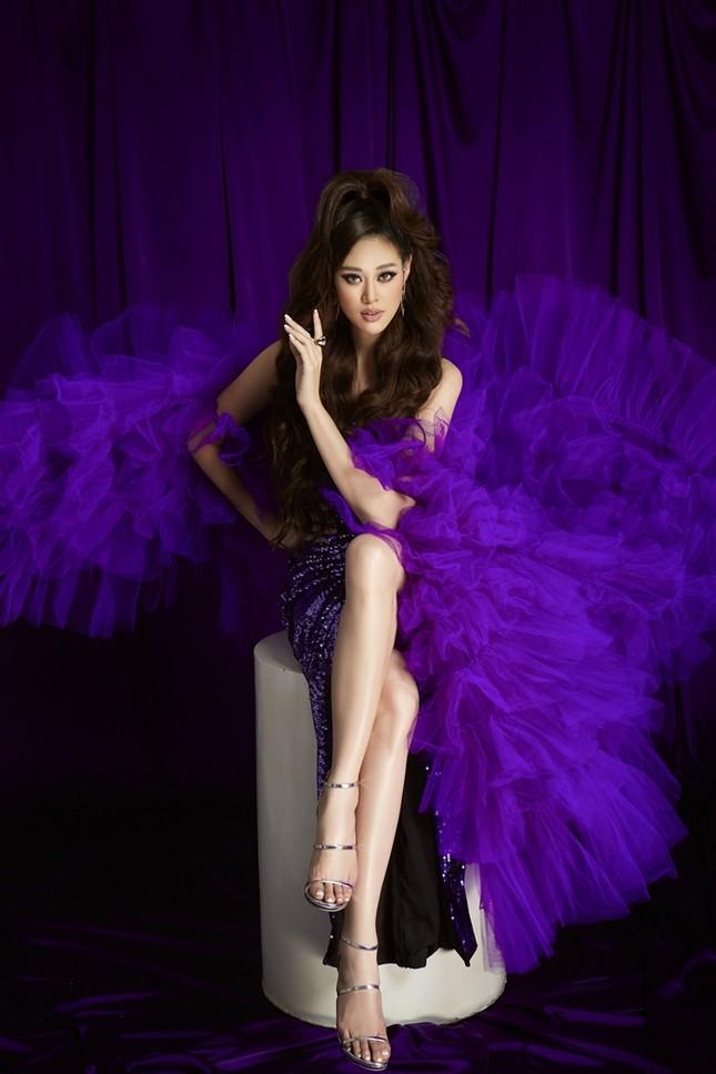 """Hoa hậu Khánh Vân hóa thân thành """"Drag Queen"""" trong bộ ảnh dành tặng cộng đồng LGBTQ+ ảnh 5"""