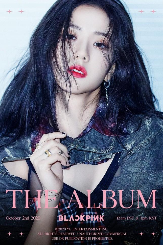 """Jang Won Young """"vượt mặt"""" các thành viên BLACKPINK trong Top 5 idol nữ xinh đẹp nhất 2020 ảnh 4"""