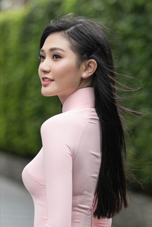 """Hoa Hậu Việt Nam 2020: Dàn ứng viên đẹp như """"nữ chính ngôn tình"""" trong Top 30 phía Nam ảnh 5"""