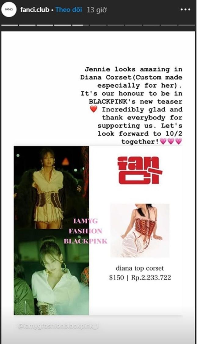 """Không chỉ Rosé, Jennie cũng mặc đồ Việt Nam trong """"Lovesick Girls"""" và còn biến tấu rất lạ ảnh 4"""