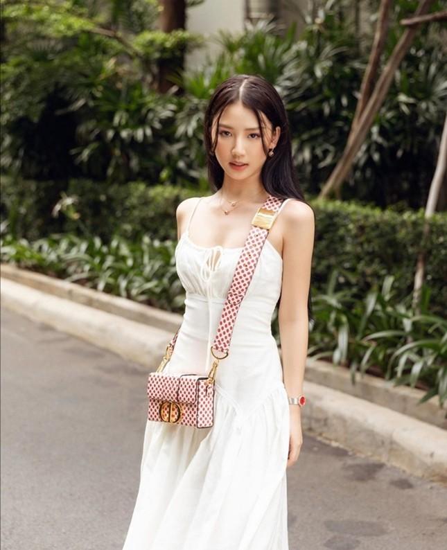 """Choáng với bộ sưu tập túi hàng hiệu đáng ngưỡng mộ của """"công chúa kẹo ngọt"""" Amee ảnh 2"""