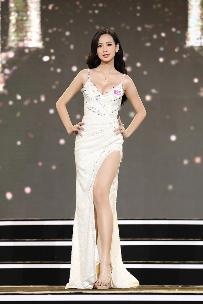 Top 35 Hoa hậu Việt Nam 2020 chính thức lộ diện trong trang phục dạ hội lộng lẫy ảnh 10