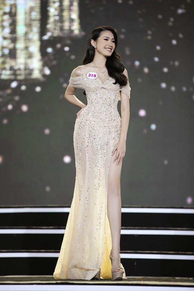 Top 35 Hoa hậu Việt Nam 2020 chính thức lộ diện trong trang phục dạ hội lộng lẫy ảnh 11