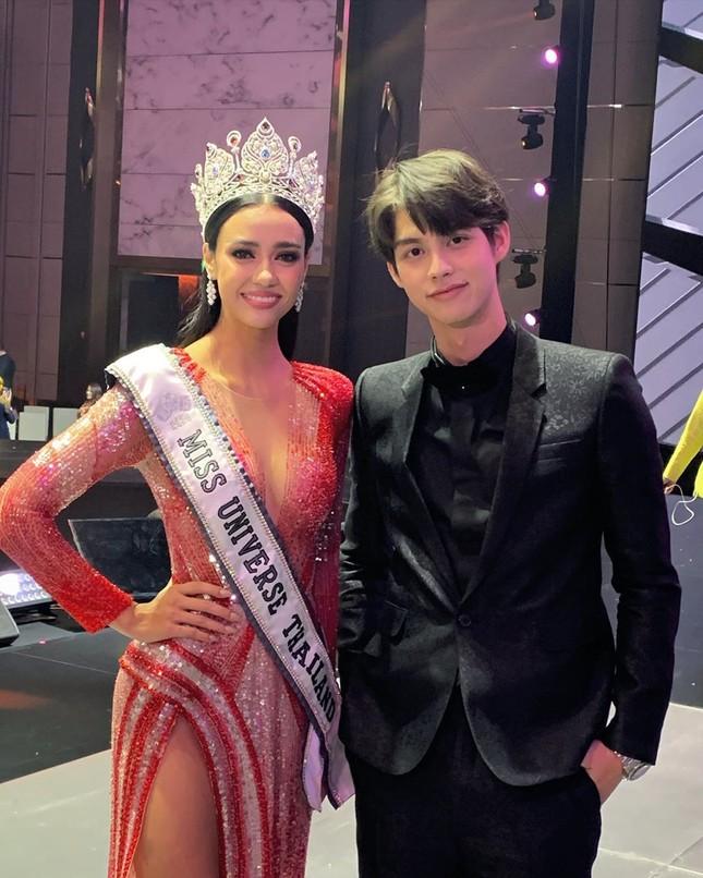 Ngắm nhan sắc lai xinh đẹp cực hút mắt của tân Hoa hậu Hoàn Vũ Thái Lan 2020 Amanda Obdam ảnh 9